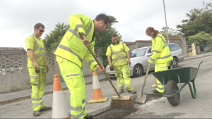Pirate fm neil and tina fix a pothole with cormac hot box team 1
